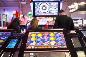 average variance slot machine